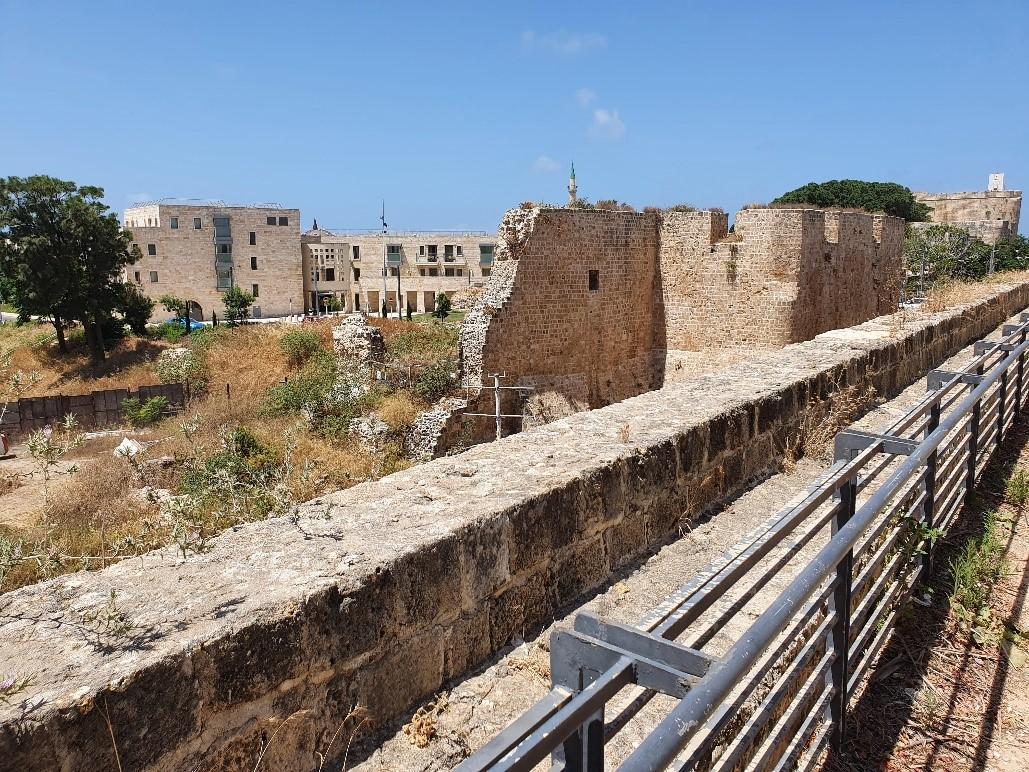 חומת אל גזאר מול חומת דאהר